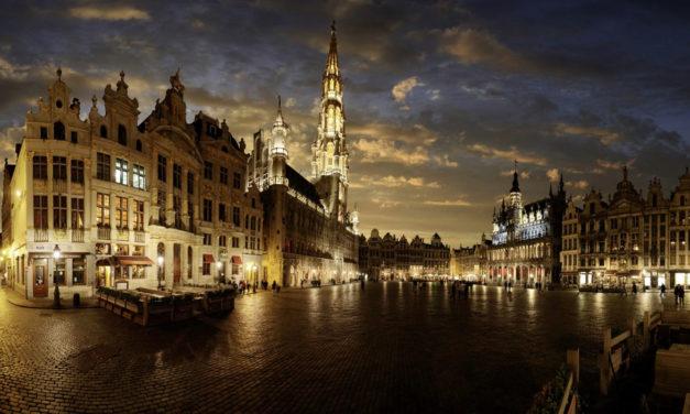 Bruselas al completo en Semana Santa