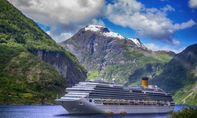 ¡Fiordos Noruegos con el vuelo desde Valencia!
