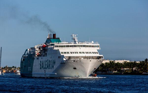 Excursión 1 día a IBIZA desde Denia  4 pasajeros y coche  229 €.